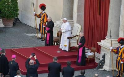 Papa Francisco | Jesús ha rezado por todos