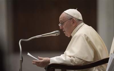 Papa Francisco | El Amor que viene de la Cruz: el Amor que nos revela la verdad y nos dona la libertad