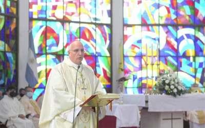 Mons. Olivera | Pidamos a la Virgen que podamos hacer carne el Evangelio y anunciarlo y predicarlo con alegría y gozo, con nuestras vidas
