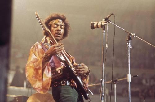 Jimi Hendrix Fender Stratocaster Purple Haze