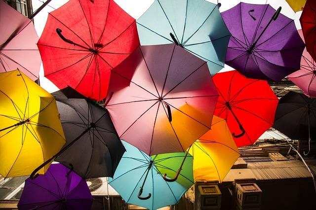 umbrella-2408461_640