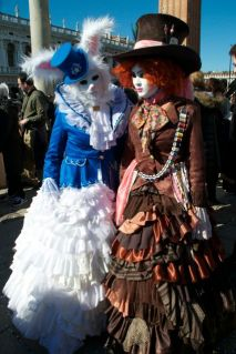 http://couturecrazybynath.blogspot.ch