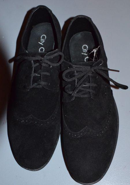 Des chaussures, des chaussures et encore des chaussures !