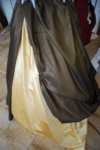 Le tissu se plisse facilement, tout est permis !