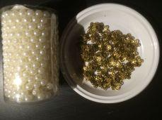 Les perles nacrées et les corolles