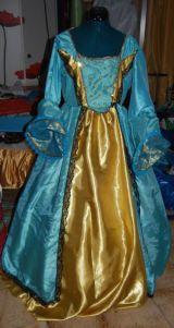 La robe de Yasmina