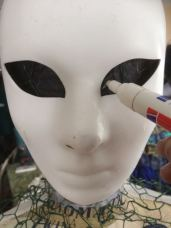 Marquage des yeux grâce au masque