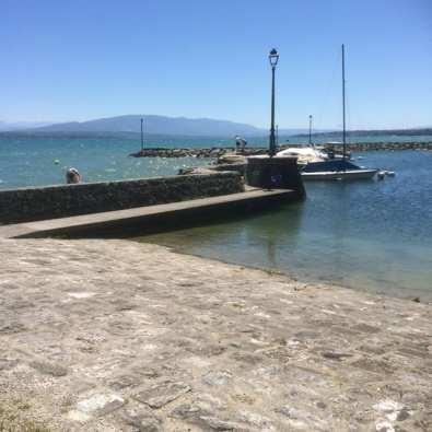Le petit port de Coppet