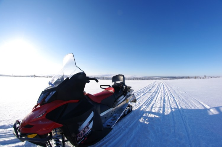 snowmobile&snowshoeing3
