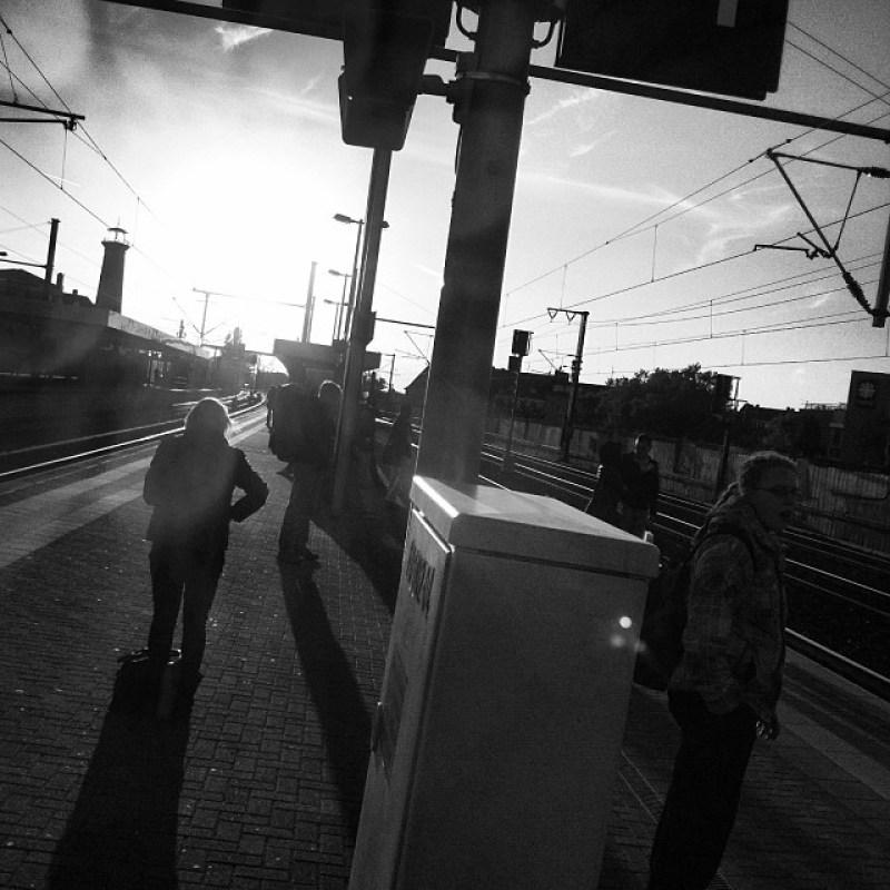 #Schienen ne echte #Pendler #Marotte zu werden, diese #Köln - #Ehrenfeld - und - #Aachen - #Bahnhof - #Gegenlicht - #Sonnen - #Instagram s (Instagram)