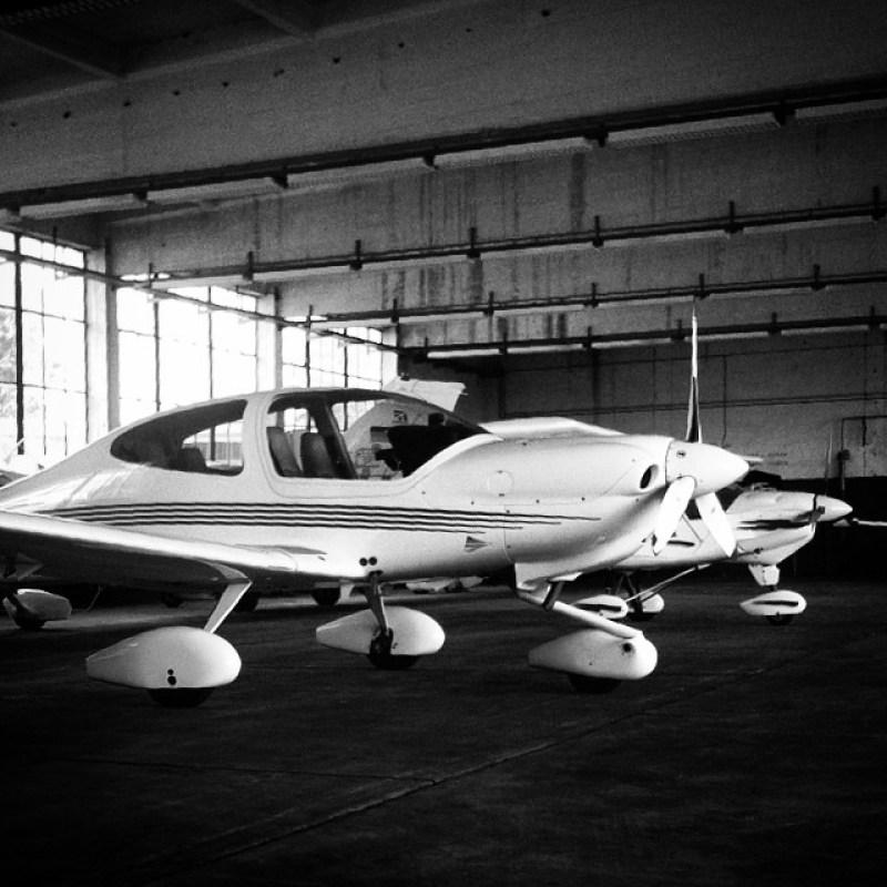 #Flugplatz #Merzbrück. #Aachen #Flugzeuge #Cessna #Hangar Instagram