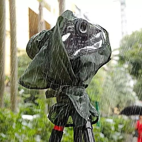 Grabar fútbol con lluvia