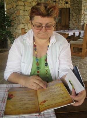 Pomna analiza jelovnika i vinske karte (Snimio Miljenko Brezak / Acumen)