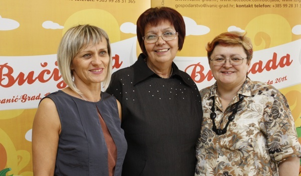 nice: Ankica Bešter, Marica Svetlečić i Božica Brkan (Snimio Dražen Kopač / Acumen)