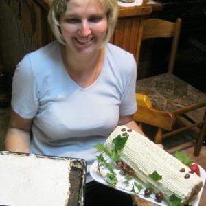 Jelena Benko Kepe s bijelim slasticama (Snimio Miljenko Brezak / Acumen)