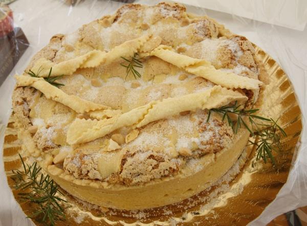 Bogata najboljim bademima, mirisima i okusima imotska je torta Bine Bilić (Snimio Dražen Kopač / Acumen)