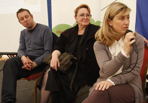 Sudionici okrugloga stola (sdesna nalijevo) Haris Salčinović, Ivanka Biluš i Sanja Opačak (Snimio Dražen Kopač / Acumen)