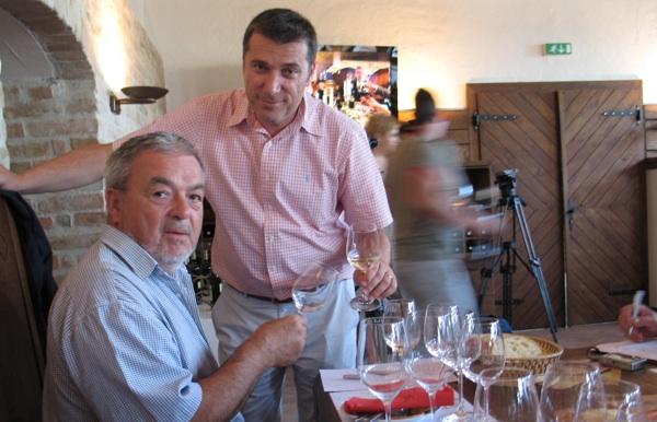 Saša Zec iz Agrokorvina i Vito Andrić na degustaciji (Snimila Božica Brkan / Acumen)