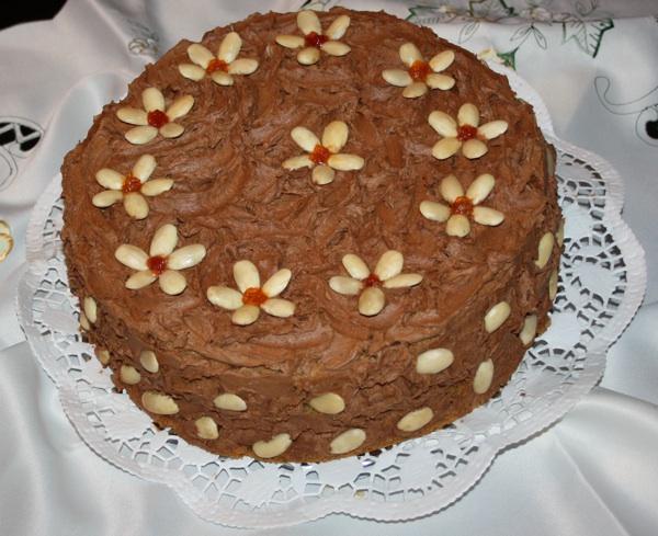 Štefanijina torta u domaćem svečanom okruženju (Snimio Drago Kozina)
