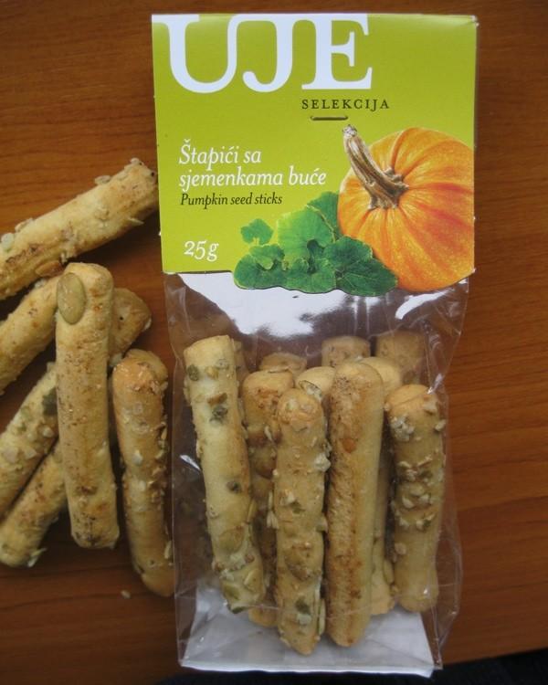 Delikatesa iz Uja, osnovanoga za poslovanje ponajprije s maslinovim uljima, ujima: gricini s bučinim uljem i bučinim košticama (Snimio Miljenko Brezak / Acumen)