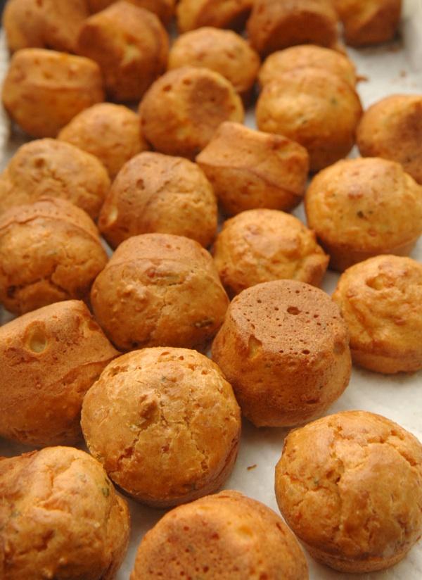 Puno sitnih tek pečenih muffina (Snimio Mišo Lišanin / Acumen)