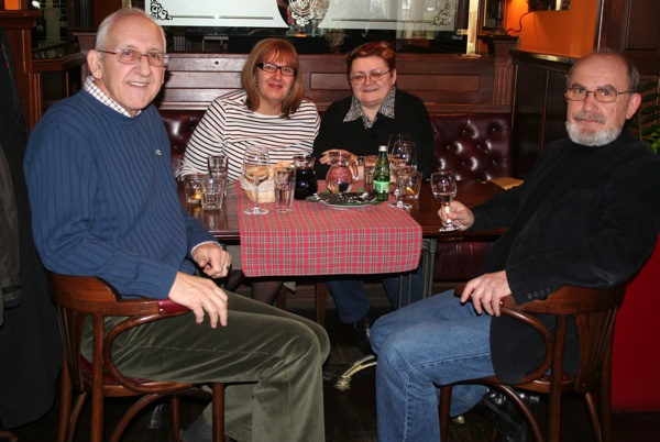 Primorčevi, Strahimir i Branka, i Brezak-Brkan, Božica Brkan i Miljenko Brezak u omiljenom pubu