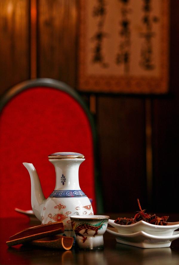 Ozračje: detalj s kineskim čajem (Snimio Igor Sitar / Blue studio / Oblizeki)