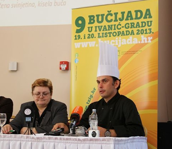 Uvod u gastroradionicu Oblizeki preporučuju: Buča - nadahnuće za cijelu godinu - Božica Brkan i chef Robert Slezak (Snimio Zoran Ožetski / TZ Ivanić Grad)
