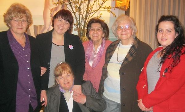 Neke od najustrajnijih: Nada Posavec, Ivana Posavec Krivec, dr. Mira Mošnička, Ada Bukal, Maja Lajpold i željka Kolaković (Snimio MIljenko Brezak)