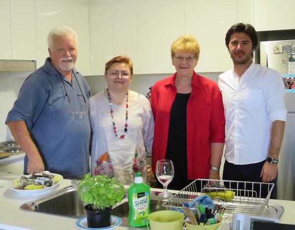 Iz majstorske kuhinje slijeva nadesno: Dennis Valcich, Božica Brkan, Mira Valcich i Marko Gregur (Fotografija: Oblizeki)