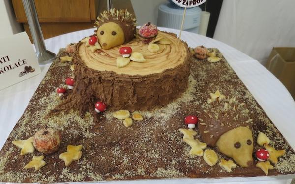 U šumi, torta Nikoline Horvat Rabuzin, bila je i najukusnija torta i najbolja slastica cijeloga 18. Festivala slastica Zagrebačke župnaije (Snimio Miljenko Brezak / Oblizeki)