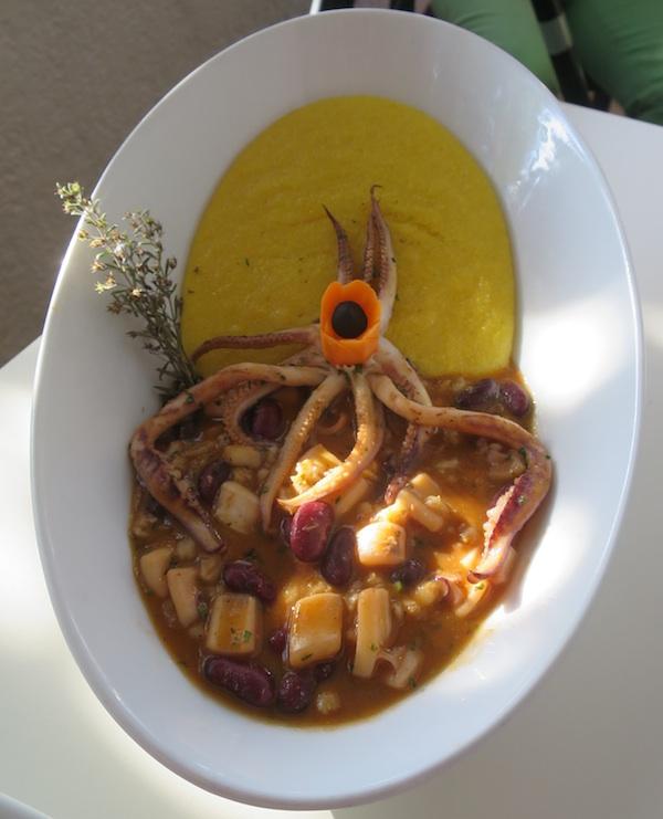 Ponovno moderno, a i zdravo jelo iz skromna nonina lonca (Fotografija Božica Brkan / Oblize