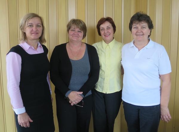 Zadovoljne i ponosne mentorice Renata Tršinski, Anka Ilinčić i Branka Kralj s direktoricom Draženkom Jurec (Fotografija Oblizeki)