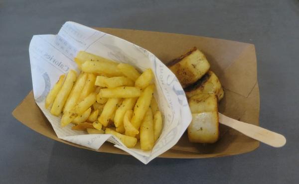 Porcija brendiranih iz ChevapRollsa (Fotografija Božica Brkan / Oblizeki)