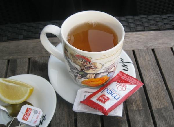 Danas gotovo da restorani i ne nude čaj bez meda (Fotografija Božica Brkan / Oblizeki)
