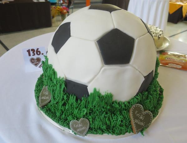 Nagrađena torta Lopta Nikoline Horvat Rabuzin iz Varaždina (Fotografija Miljenko Brezak / Oblizeki)