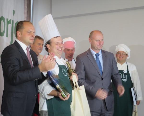 Zagorski chef marko Futivić s dvojicom zagorskih župana (Fotograija Božica Brkan / Oblizeki)