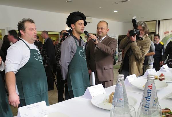 Objašnjava kako je pripremio jela, dok još nije znao da će biti najbolji Zagorski chef (Fotografija Miljenko Brezak / Oblizeki)
