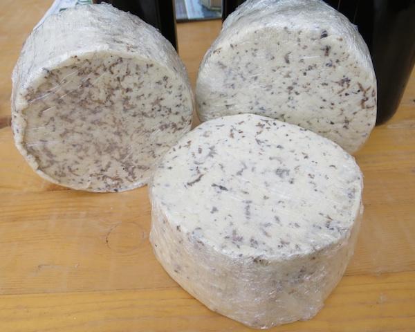 Kravlji sir s turopoljskim tartufima (Fotografija Miljenko Brezak / Oblizeki)