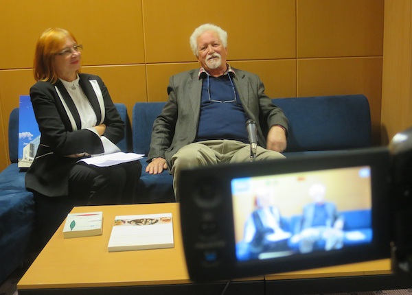 S tribine: dr. sc. Željka Lovrenčić i Dennis Valčić (Fotografija Miljenko Brezak / Oblizeki)