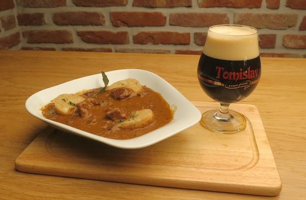 Pivski gulaš s crnim pivom (Fotografija Božica Brkan / Oblizeki)