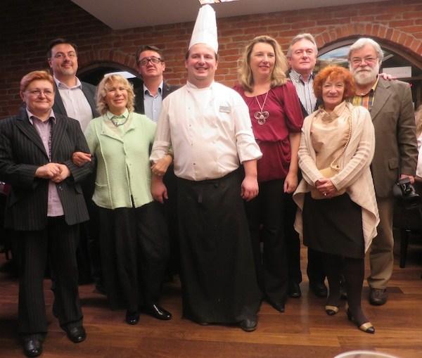 Na jednome od događanja, tematskoj večeri Kluba Gastronaut, s novinarima iz pet zemalja (Fotografija Miljenko Brezak / Oblizeki)