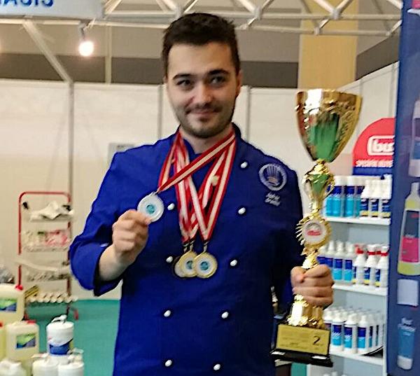 Ovjenčanik mladi Imoćanin chef Jadran Grančić u Turskoj (Privatni album)