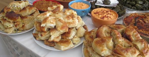 Sve tri pite ili pita od sira, sira i poriluka te burek s mesom (Fotografija Božica Brkan / Oblizeki)