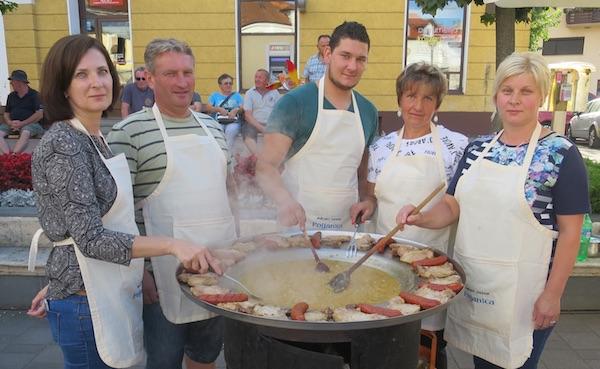 Pobjednička ekipa MO Poljanice Bistričke (Fotografija Miljenko Brezak / Oblizeki)