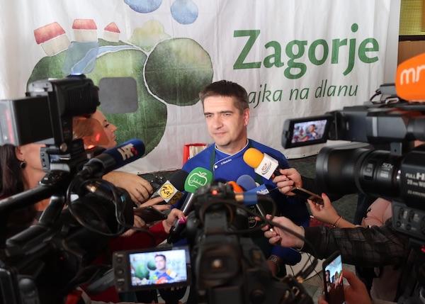 Prva pobjednička izjava za medije: Tomislav Šimunić (Fotografija Miljenko Brezak / Oblizeki)