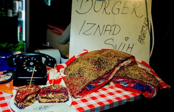 Prigodno: croburger na Foodbalerki (Fotografija Foodballerka / Goran Kovačević)