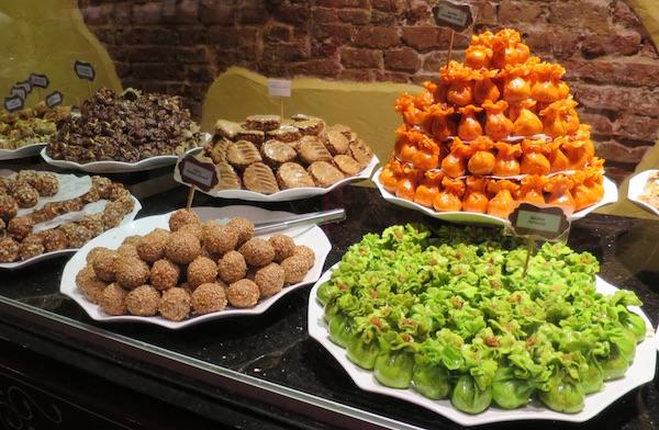 Nikako ne treba zaobići visoko ocijenjenu radionicu-prodavaonicu mediteranskih, arapskih slastica (Fotografija Božica Brkan / Oblizeki)