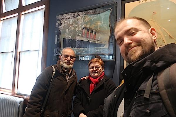 Ispred Mauretanije s razglednice djeda Đure Brezaka obitelj brezak Brkan (Selfie Ivan Brezak Brkan / Oblizeki)