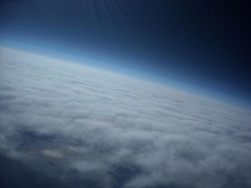 Foto de la Tierra desde la estratosfera. Más detalles en la entrada.